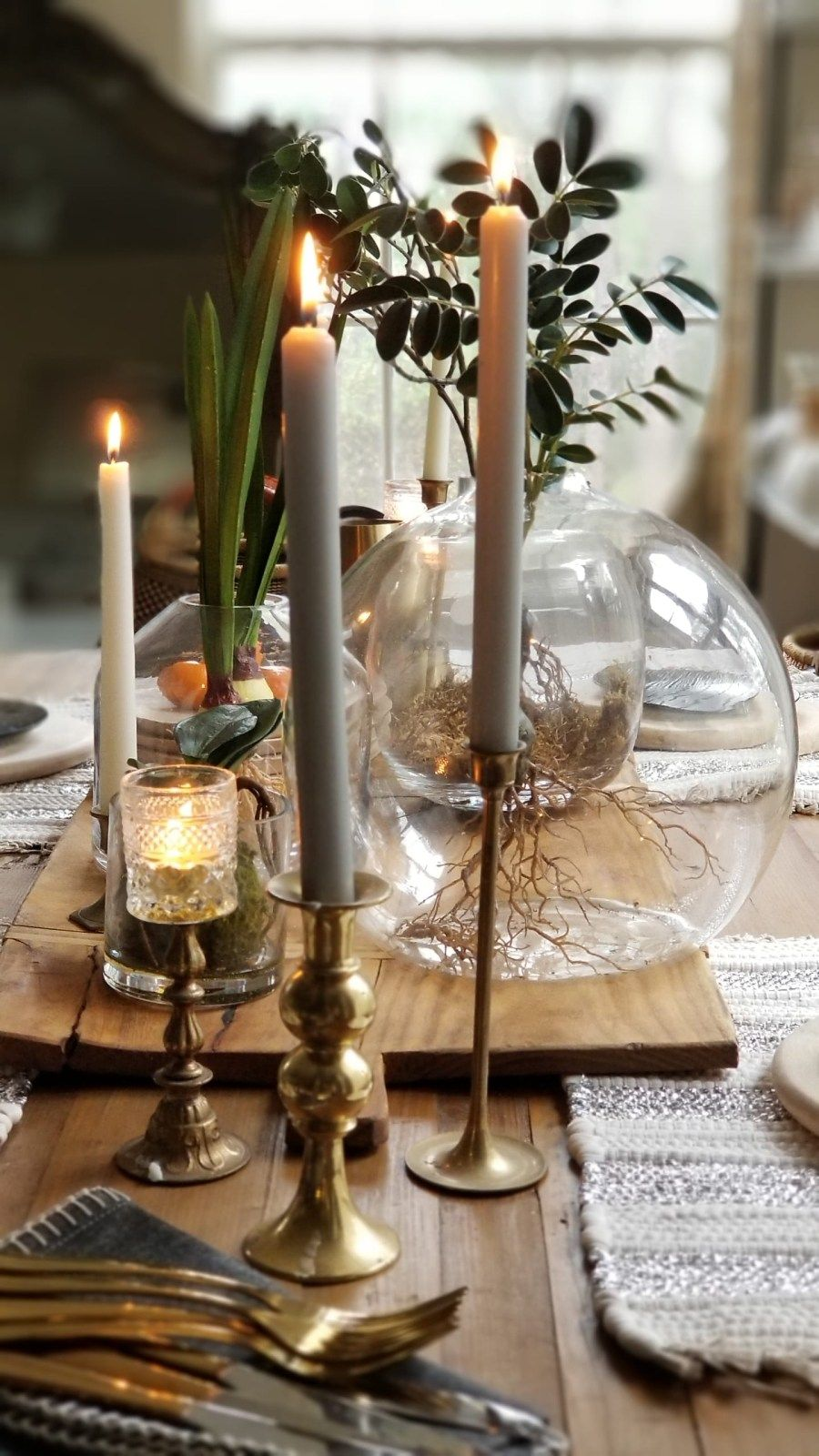 Style Your Dining Table With Natural Elements And Organic Decor For 2019 Bees N Burlap Dining Table Candle Holders Candle Table Decorations Dining Table Copper