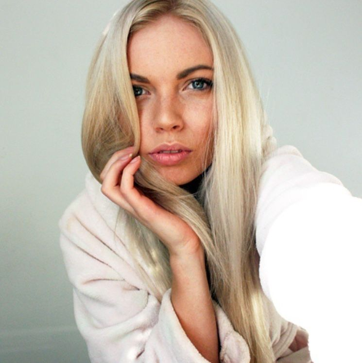 Beautiful Platinum Blonde At Home Hair Color From Vidal Sassoon