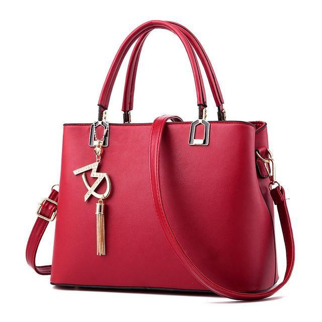 7020f4ee18db Bolso Mujer 2017 Fashion Hobos Women White Bag Ladies Brand Leather  Handbags Spring Casual Tote Bag Big Shoulder Bags For Woman