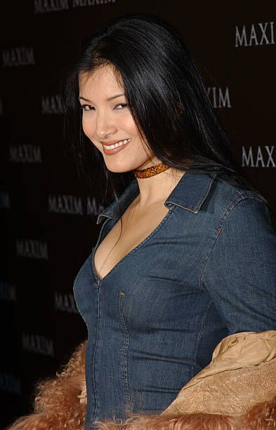Kelly Hu Hottest Bikini Pictures - Sexy Cassandra Of The