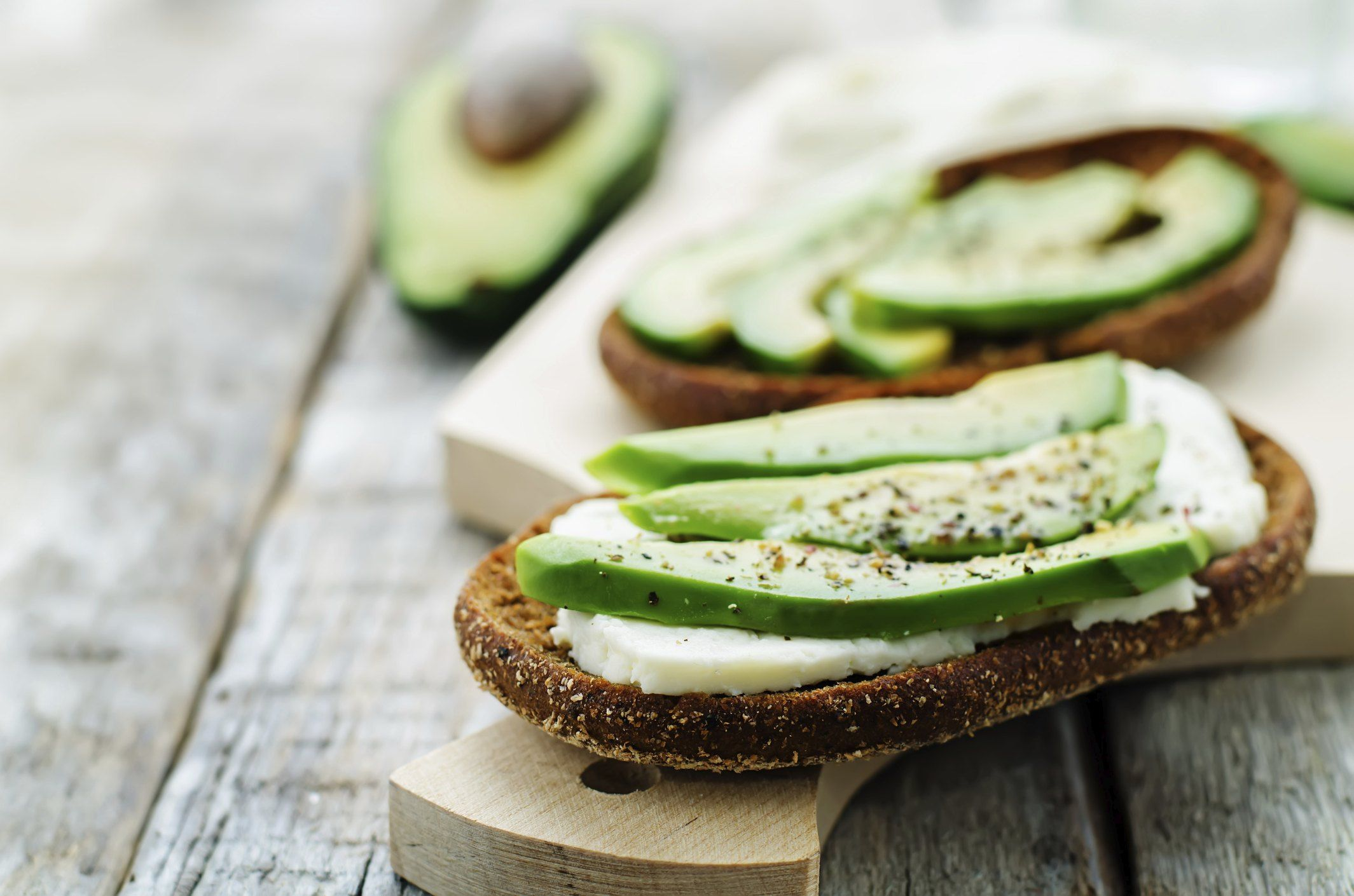 Why Avocados Are Good for Both Weight Loss and Weight Gain   Livestrong.com