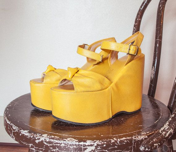 Vintage 1970s Platforms Yellow Leather
