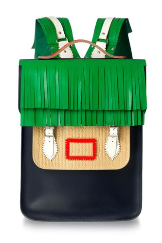 reminds me of a tiki hut - perfect summer bag  #r29summerstyle