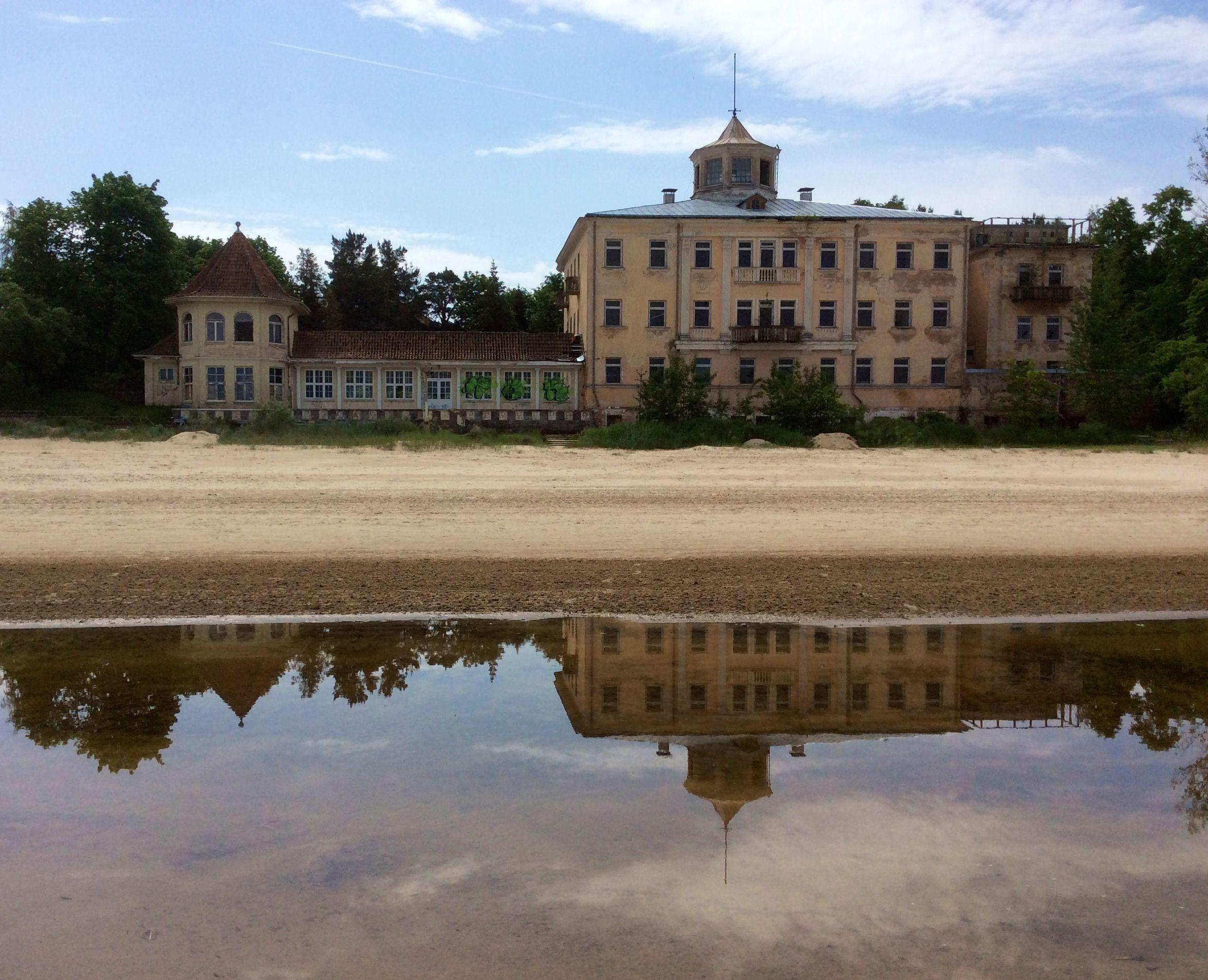 stabilimenti bella époque sulla spiaggia di Jurmala