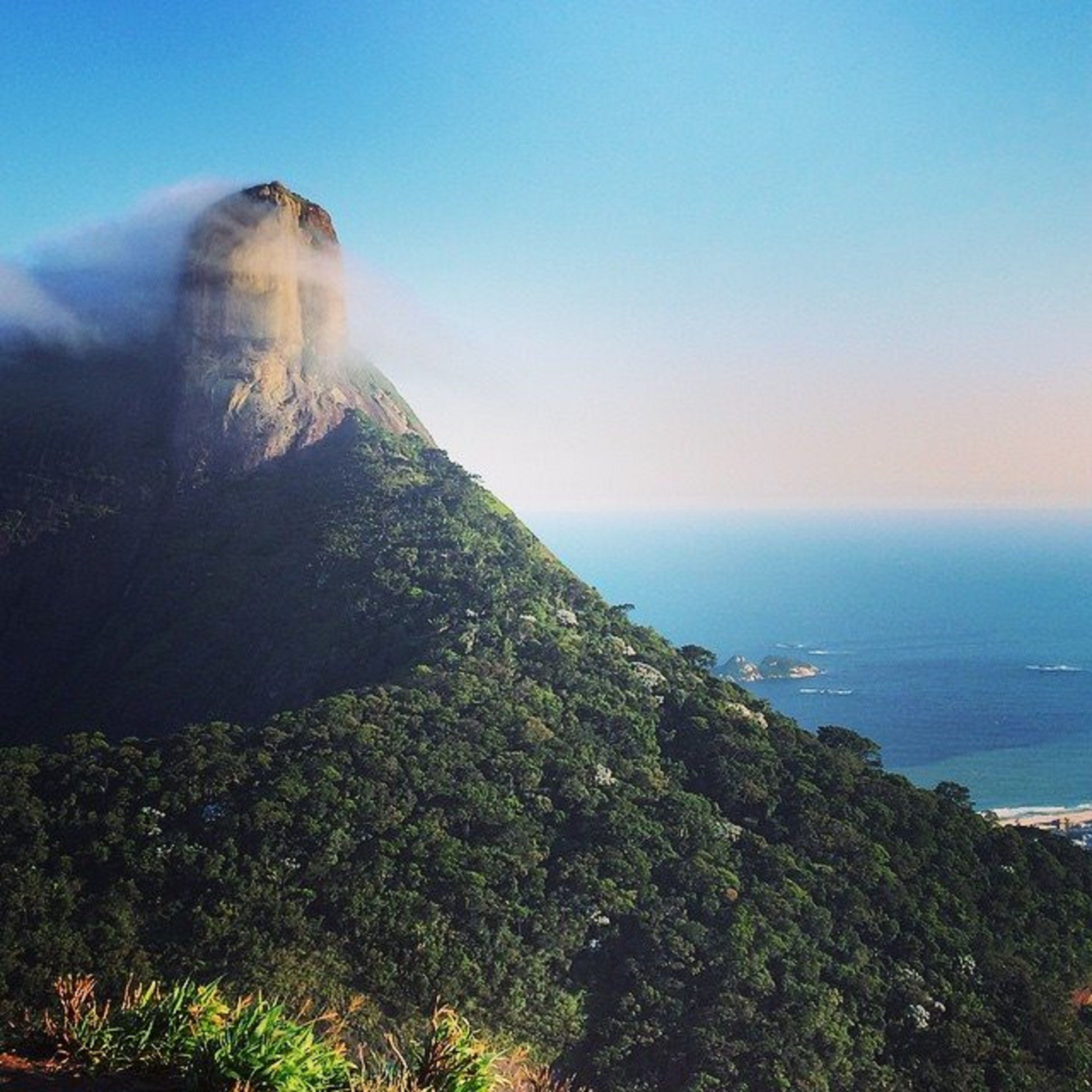 Cume da Pedra da Gávea, Rio de Janeiro, Brazil. | Travel