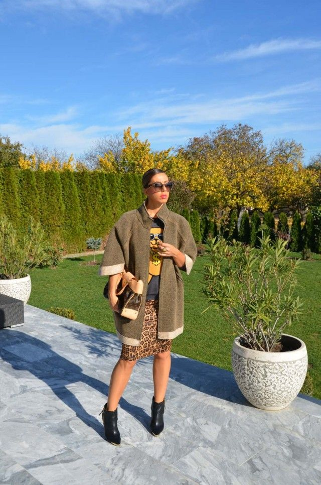 SWEATER, SKIRT, SHOES – FOREVER21  COAT – TRUSSARDI  BAG – LOUIS VUITTON  SUNNIES – PRADA  RINGS – DYRBERG/KERN
