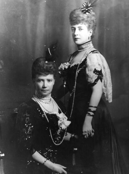 Empress Maria Feodorovna & Queen Alexandra The two sisters were very close.  I <3 how they are holding hands in this picture!