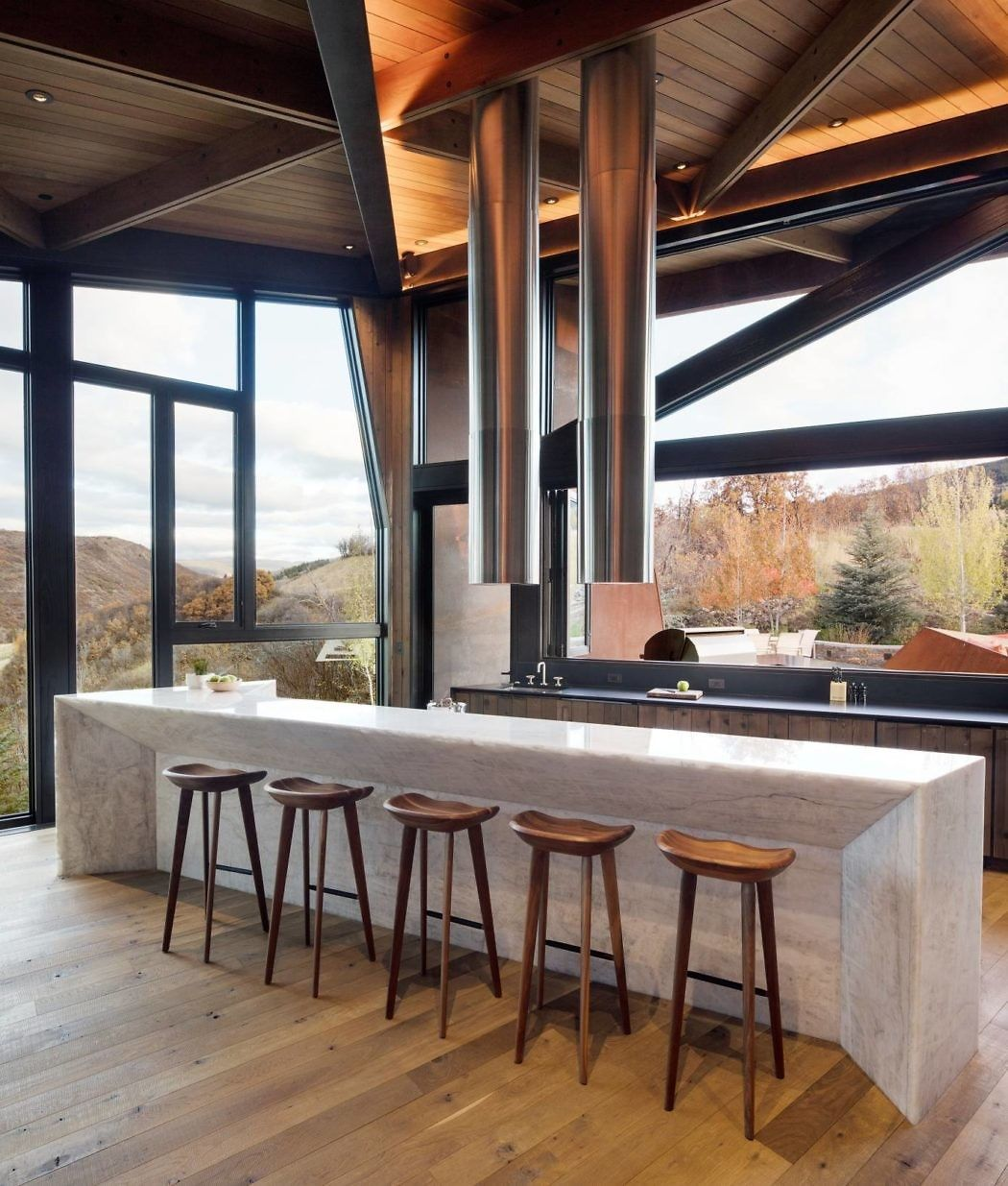 Owl creek residence by skylab homeadore dining room design kitchen mountain homes also kitchens pinterest house rh in