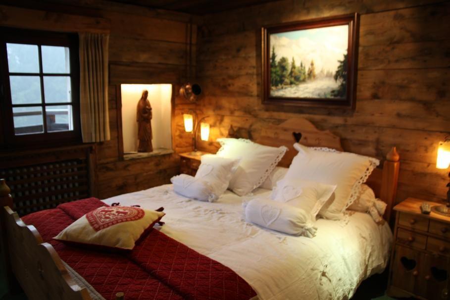 Photos déco : idées décoration de chambre style chalet | Cabanes en ...