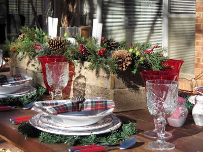 Creative Journeys: Advent Calendar 2012 - Pinecone Tablescape