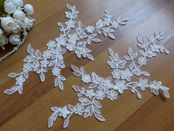 Delicate leaf floral flower applique ivory embroidery alencon