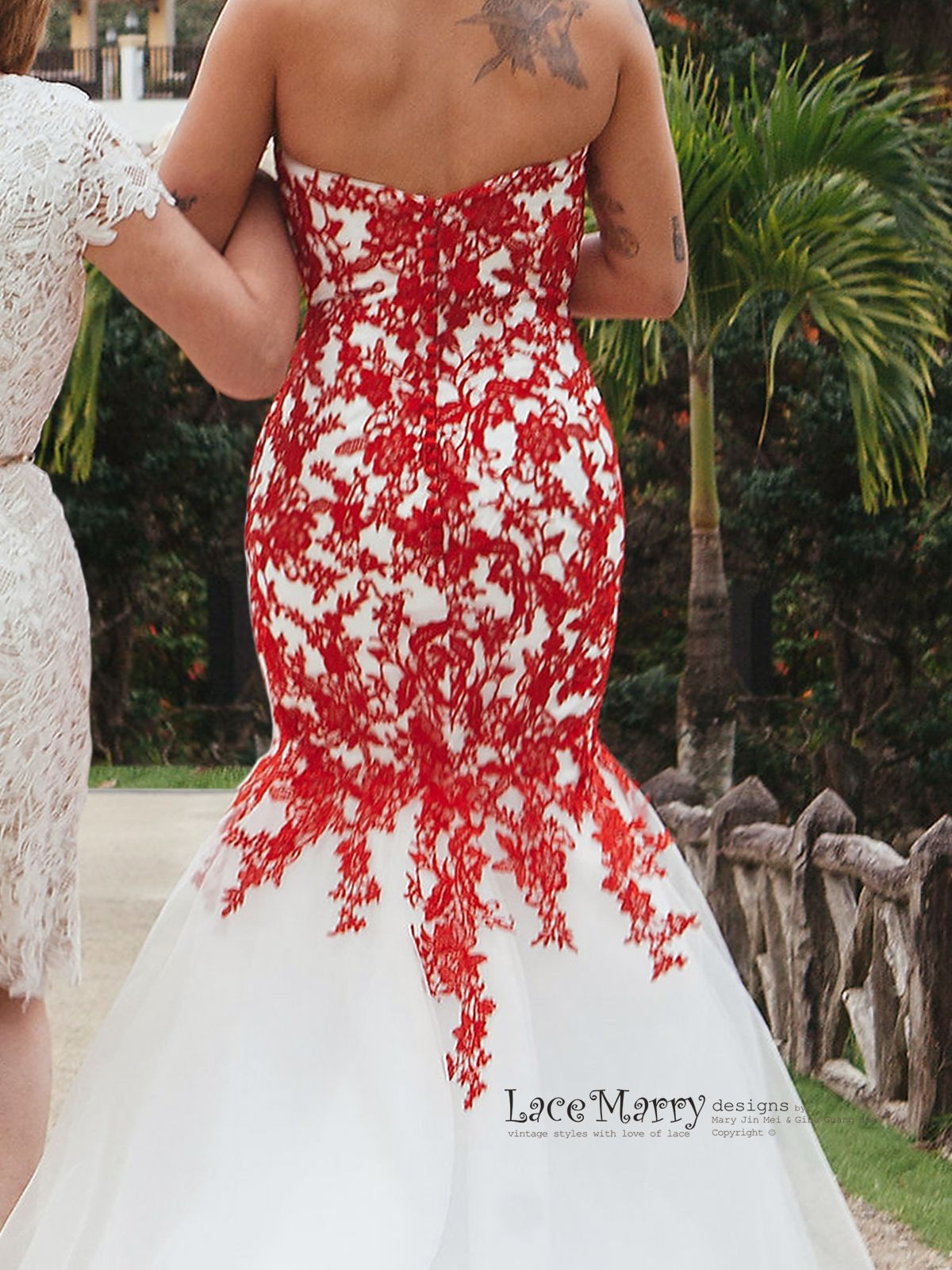 Red Lace Wedding Dress With Ivory Tulle Strapless Sweetheart Etsy Red Lace Wedding Dress White Bridal Gown Red Wedding Dresses [ 1600 x 1200 Pixel ]