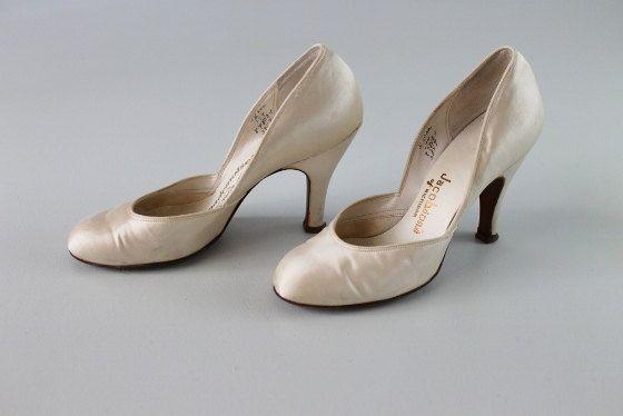 Vintage 1950s Wedding Shoes 50s Satin Pumps Bridal Size 5