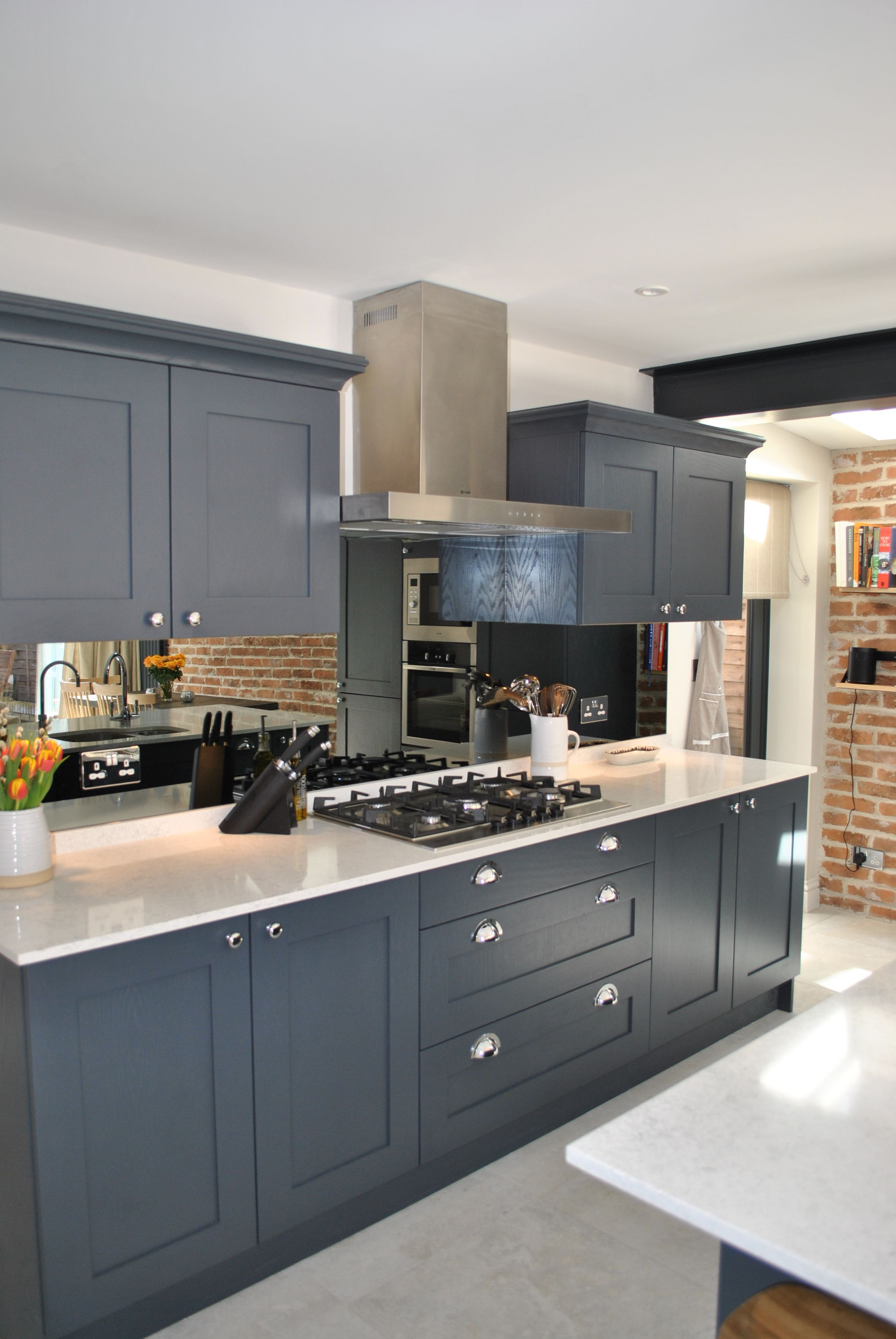 Modern Shaker Kitchen In Dark Slate Blue Looks Stunning Against