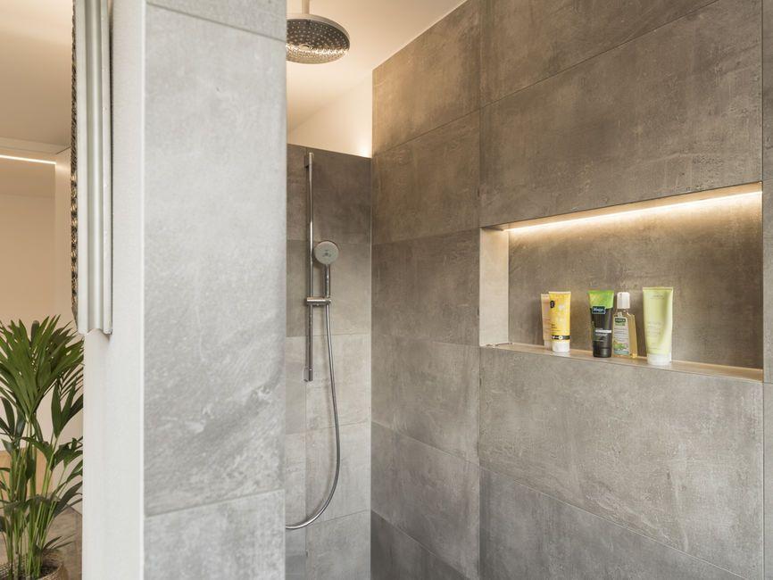 Einfamilienhaus feldkirch modern holzbau moderne for Architektur einfamilienhaus satteldach
