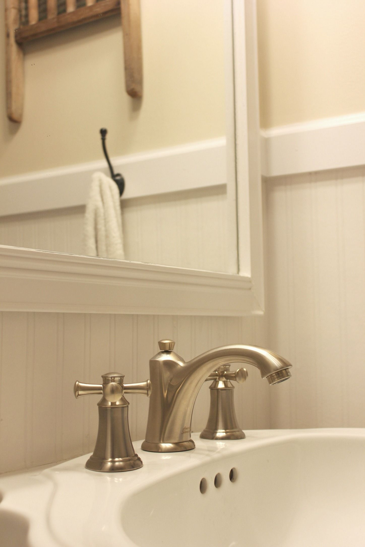 Check out this bathroom farmhouse style facelift and enter to win a brand new American Standard bathroom faucet set at In The New House Designs.