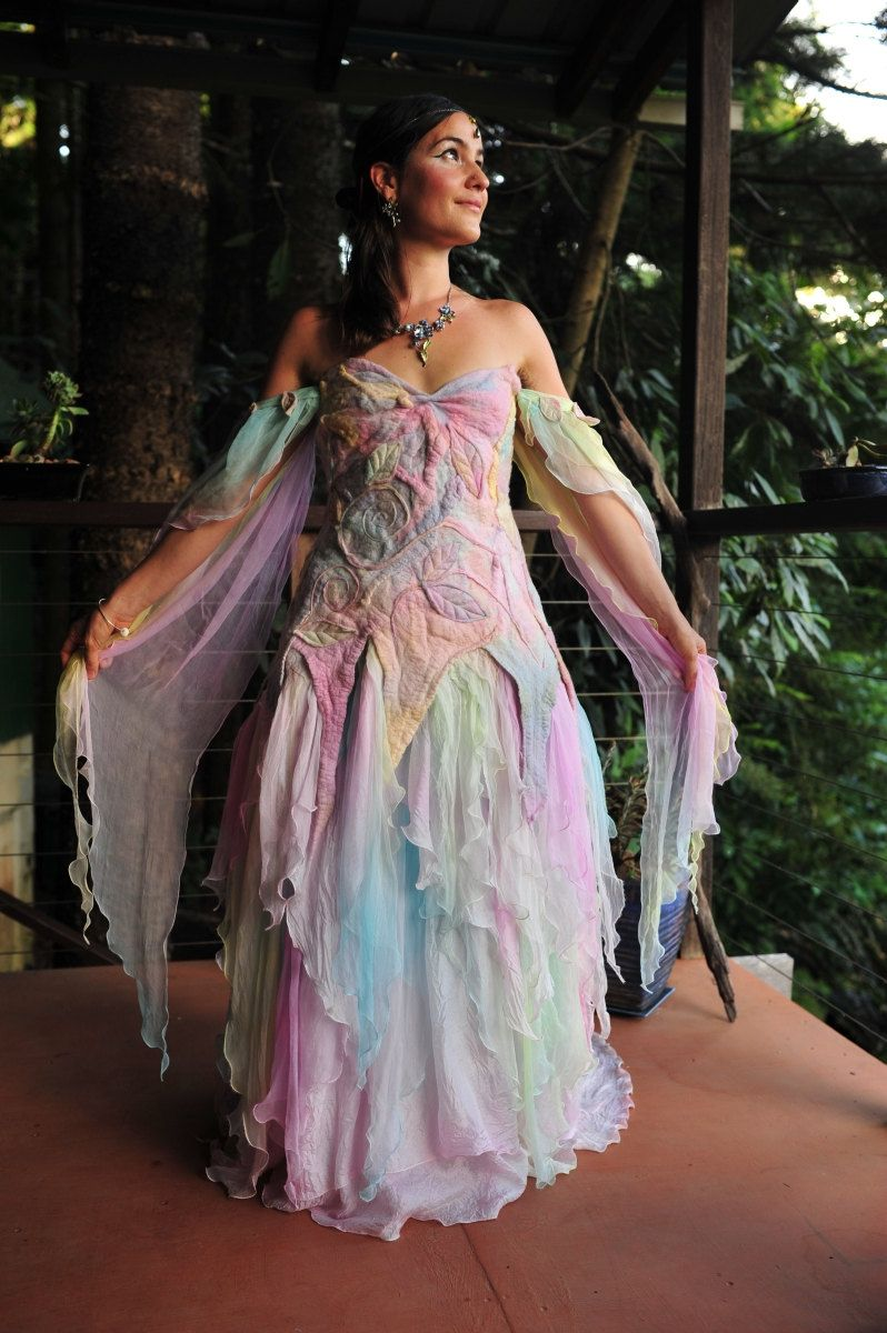 Garb color on pinterest boho gypsy fairies and dress tops for Fairy inspired wedding dresses