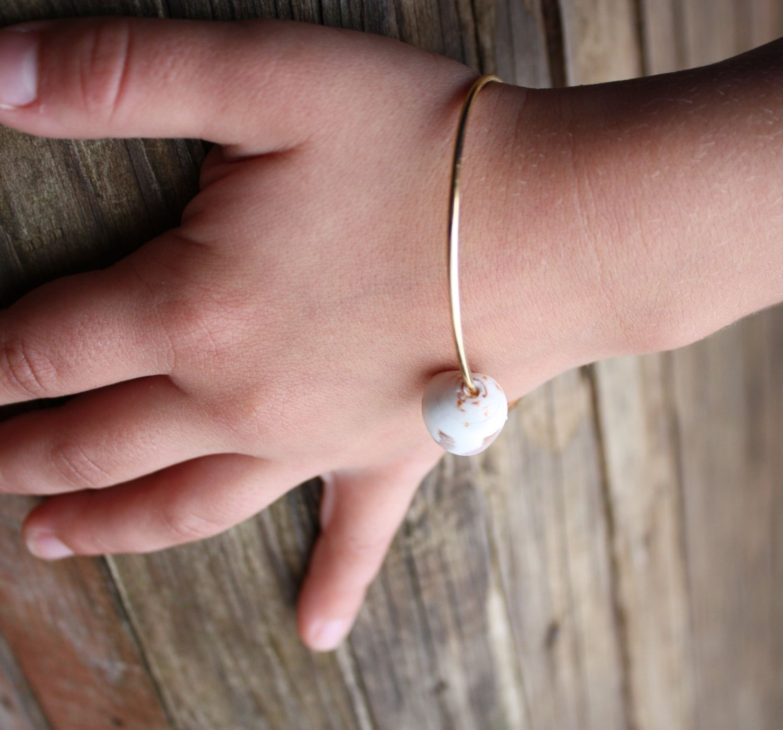 Gold Bangle Shell Bangle Beach Bangle Beach Jewelry Shell Bracelet Puka Shell Bangle Hawaiian Jewelry Hawaii Jewelry Child Children Kid 020 by DRaeDesigns on Etsy