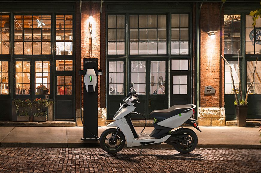 First Ather Grid Charge Station Set Up In New Delhi In 2020