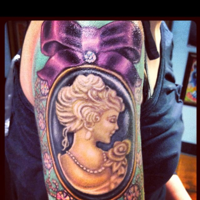 Cameo Tattoo- need my shoulder piece to be re vamped