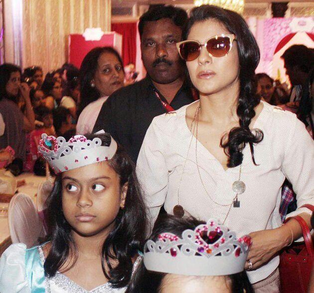 Bollywood Gossip - YouTube