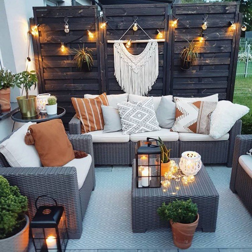 Loving this patio setup what do you think?  via @prosto.w.szarosci . . . . . . ....-#bohostyle #design #outdoordecor #patio #gypsysetup
