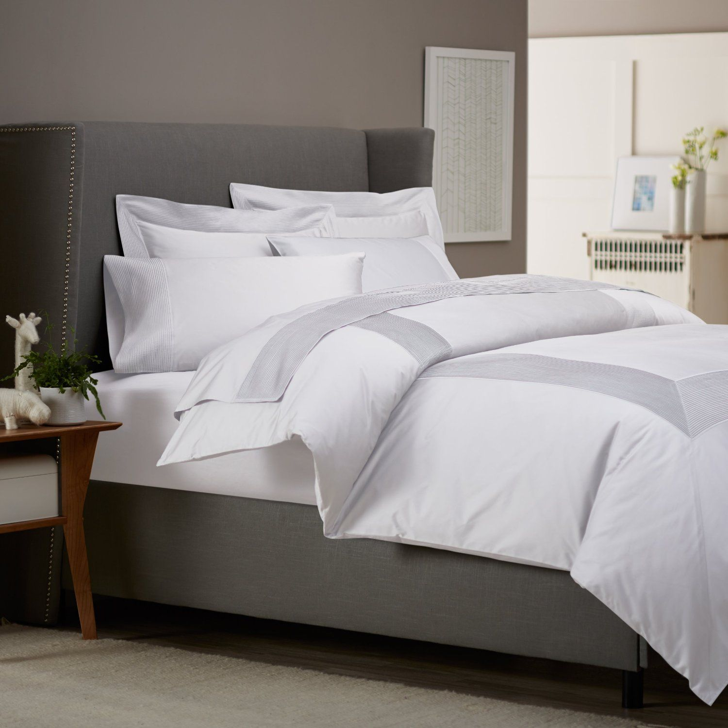 White king bed set - Statue Of Get Alluring Visage By Displaying A White Comforter Sets King