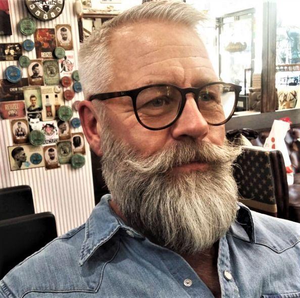Photo of White Bearded Men Beards