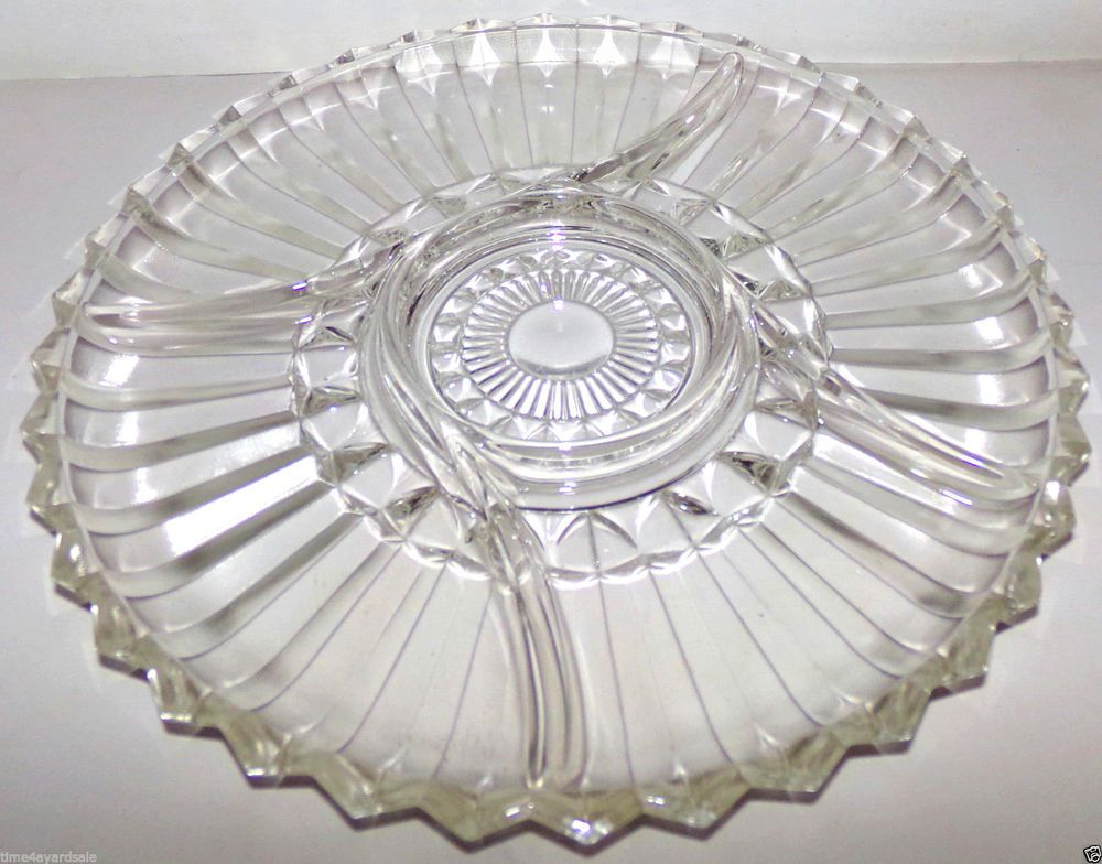 Vintage Clear Pressed Glass 5 Part Round Divided Relish Trayplate