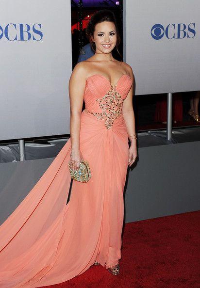 Demi Lovato Photos - 2012 People's Choice Awards - Arrivals - Zimbio