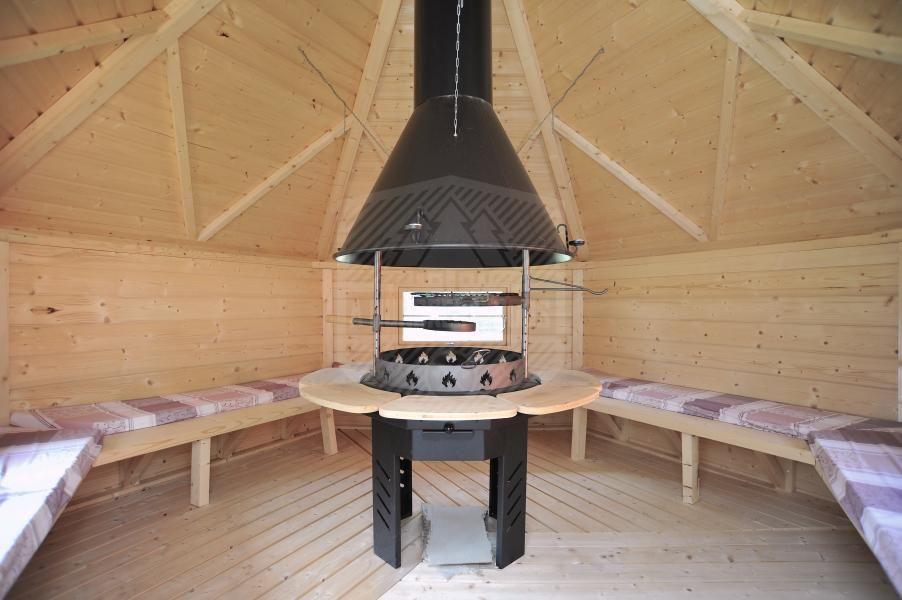 The Best Indoor Bbq Hut