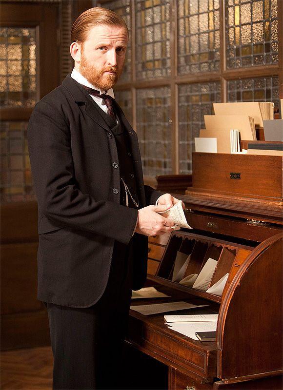Mr. Grove, Mr. Selfridge's Chief of Staff played by Tom Goodman-Hill