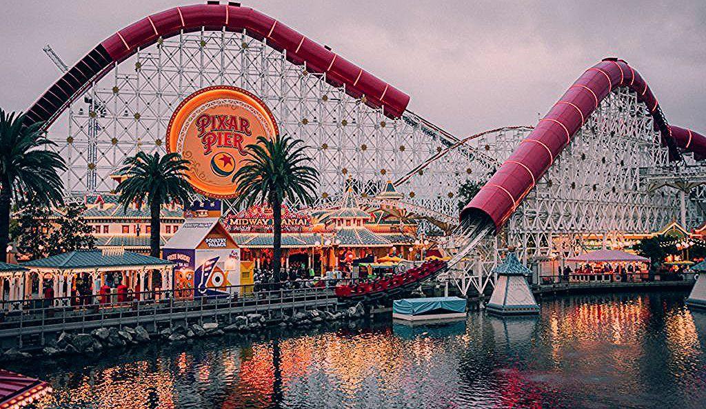 Disneyland Tips & Secret Hacks 2020 - The Travel Sketch