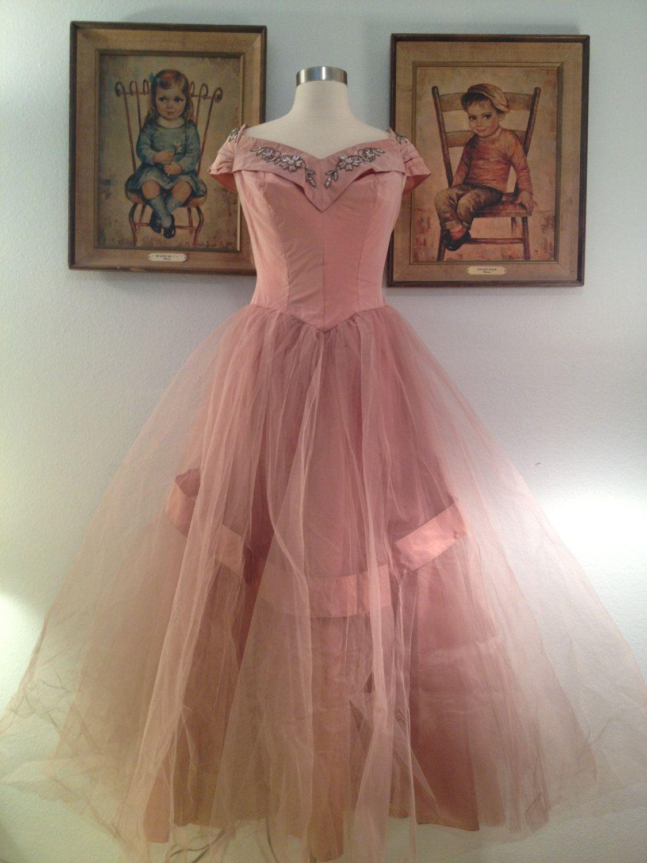Glamorous s soft pink prom dressaurora borealis retro wedding