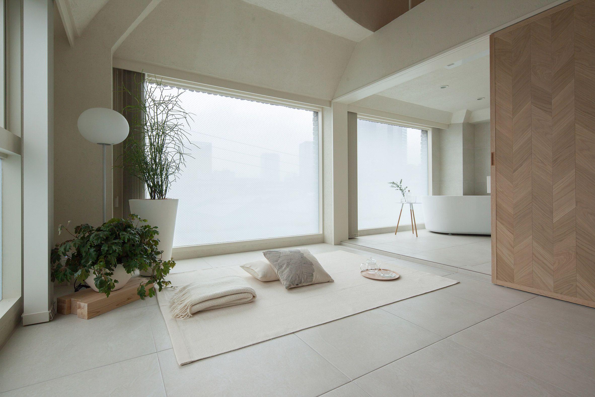 Hiroyuki Ogawa Architects divides up tiny Tokyo apartment with ...