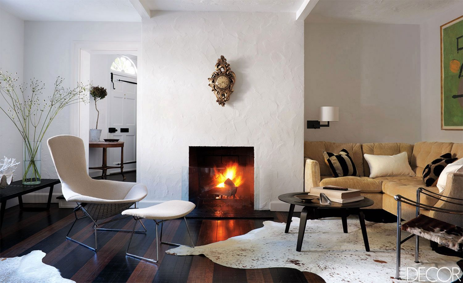 Best Top 8 Beautiful Living Room Design Ideas With Fireplace When You First Open The Door Of The House The First Room You Living Room With Fireplace Beautiful Living Rooms Rustic Apartment