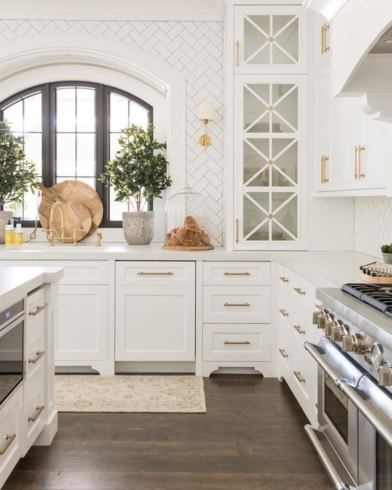 30+ Inexpensive White Kitchen Cabinets Decor Ideas To Try #newkitchencabinets