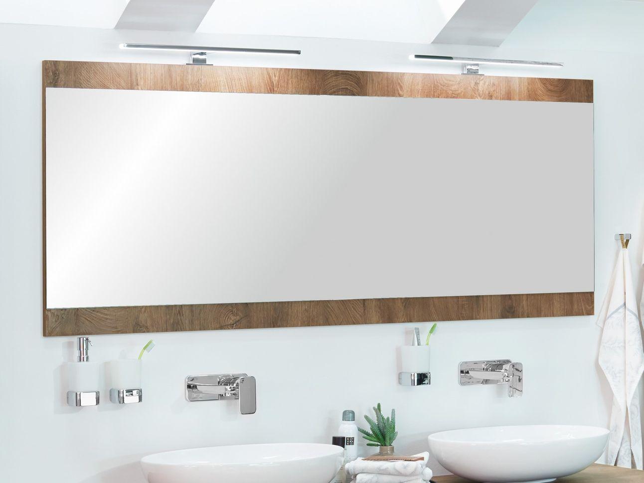 Spiegel Im Querformat Nach Mass Cavelo In 2020 Led Aufbauleuchte Spiegel Badezimmer Innenausstattung
