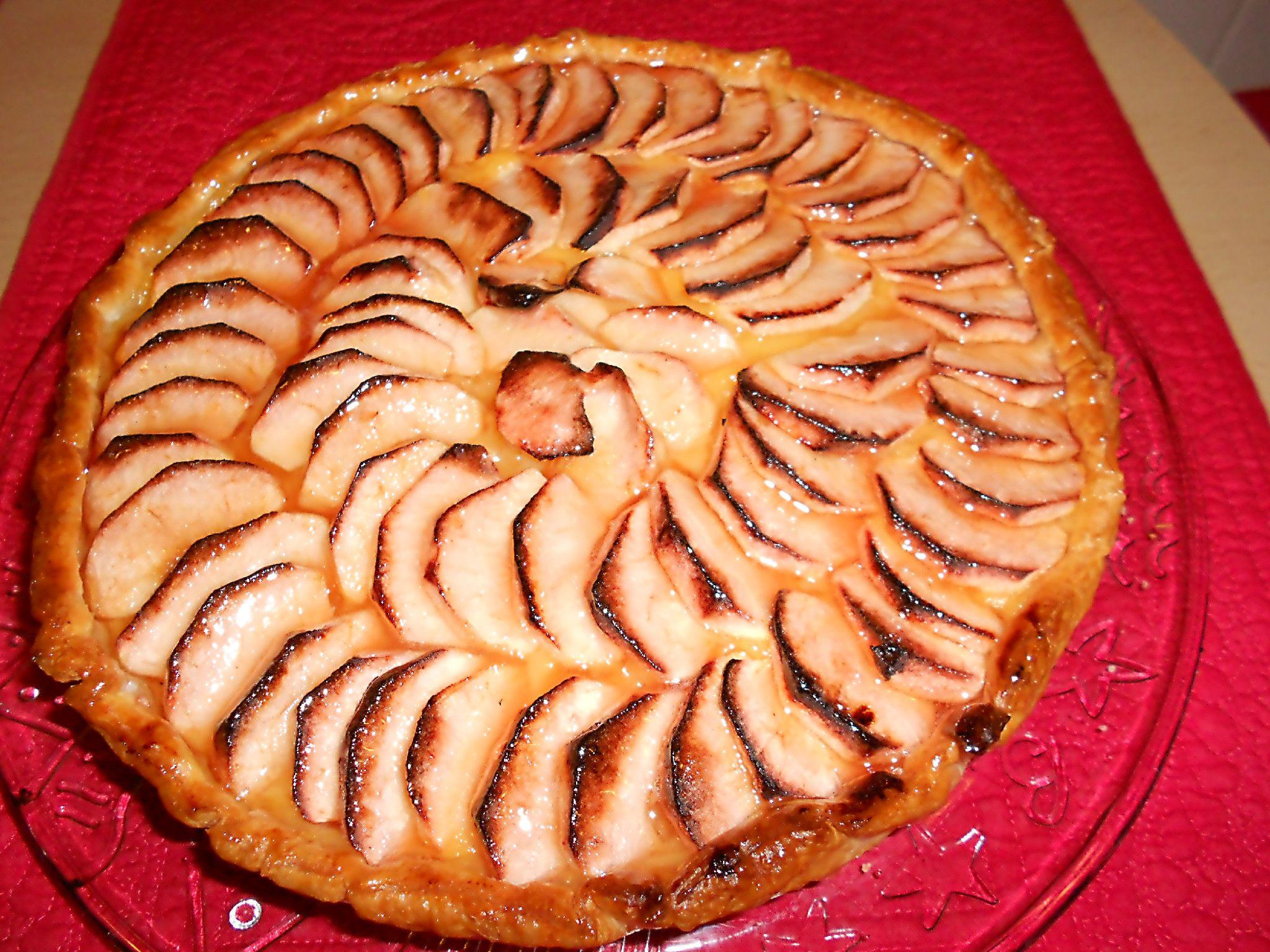 Aqui está uma tarte de maçã para toda e qualquer ocasião…Receita da minha mãe.