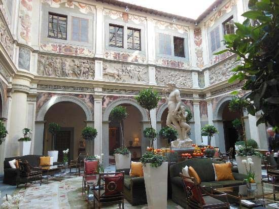 Top 10 Luxury Hotels In Italy Four Seasons Hotel Hotel Luxury Hotels Italy