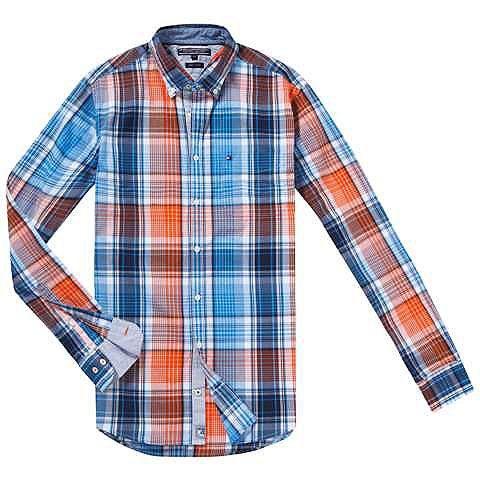 HALIFAX von Tommy Hilfiger ist ein Freizeithemd im lässigen Look mit Button-Down-Kragen.100% Baumwolle...