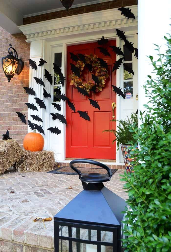 25 Bats Halloween Decorations Ideas Bats, Decoration and Halloween - decorating front door for halloween
