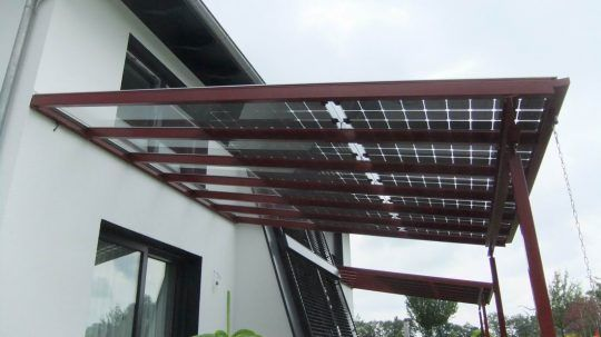 Terrassendach Mit Photovoltaik Uberdachungen Uberdachung