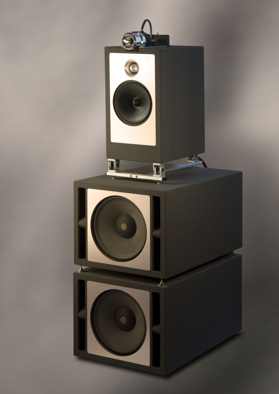 the duke loudspeaker by trenner friedl 9 high end. Black Bedroom Furniture Sets. Home Design Ideas
