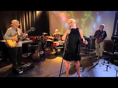 DELIRIUM BluesFusión-ESSENTIA (2014) - YouTube