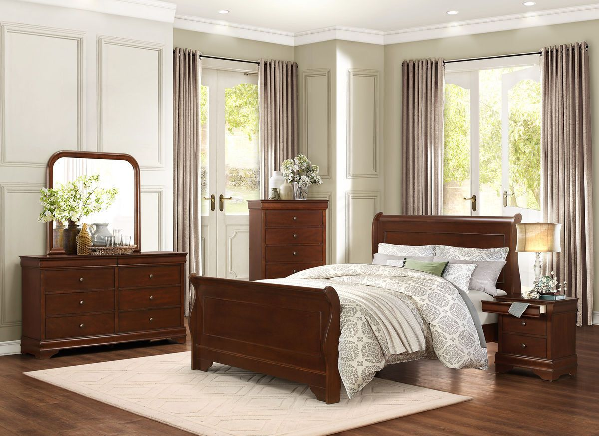 Heritage Court Queen Sleigh Bed with Low Profile Footboard