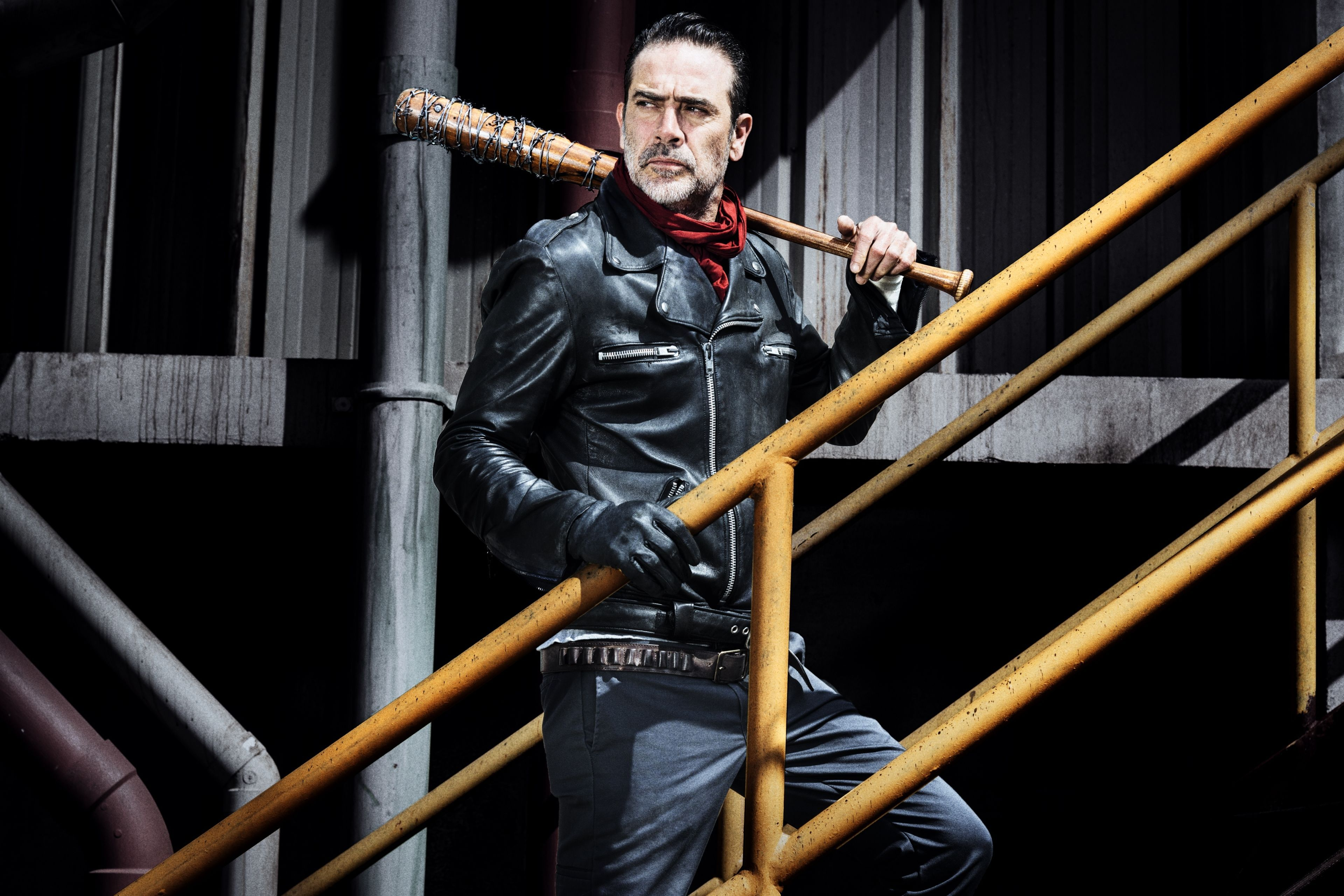 Negan The Walking Dead 4k Uhd 3 2 3840x2560 Wallpaper Uhd Walking Dead Season 8 Walking Dead Costumes Walking Dead Season