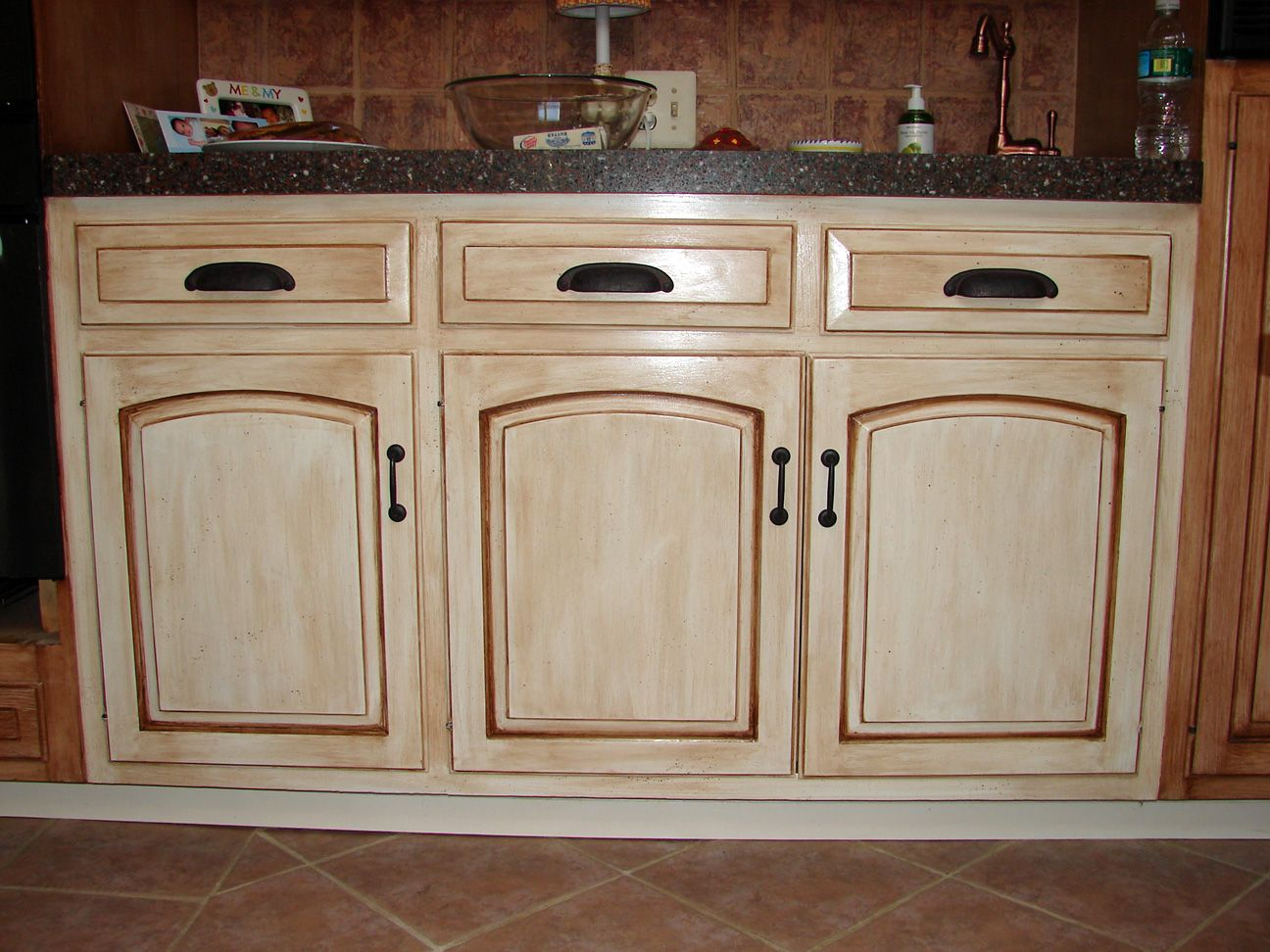 how to redo kitchen countertops 4 - kitchen cabinets distressed