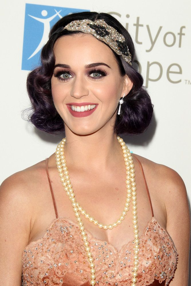 Katy Perry Frisuren - Die Neuesten Hairstyles - Frisuren Magazin