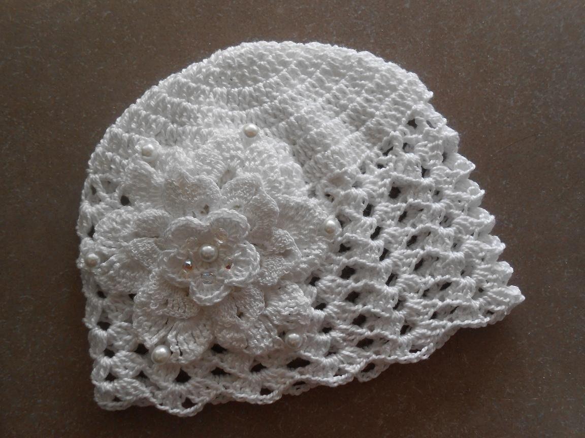 Bonnet Bébé crochet avec une Fleur blanche.perles.bapteme   Mode Bébé par  runlet 014b2feeeb4